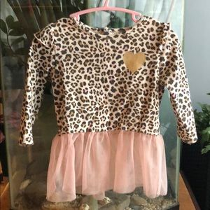 Other - 5/25$ Cute leopard top with tutu